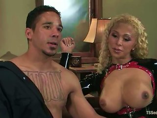 Blonde Tranny Jessica Host Smashes Lobo's  Doggy Style